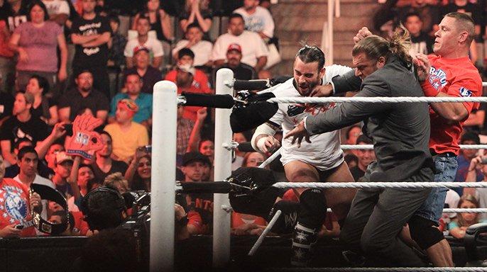 WWE.Raw.08.08.2011.HDTV XviD 20110808_raw_contractsigning2_l.jpg
