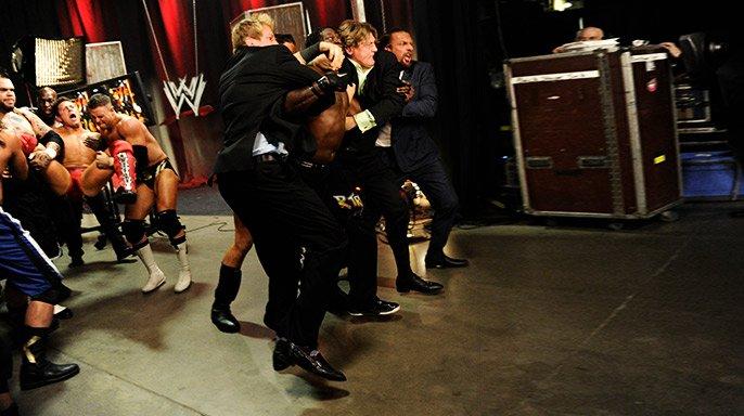 WWE.Raw.20.09.2011.HDTV XviD 20110919_raw_miztruthfired2_r.jpg