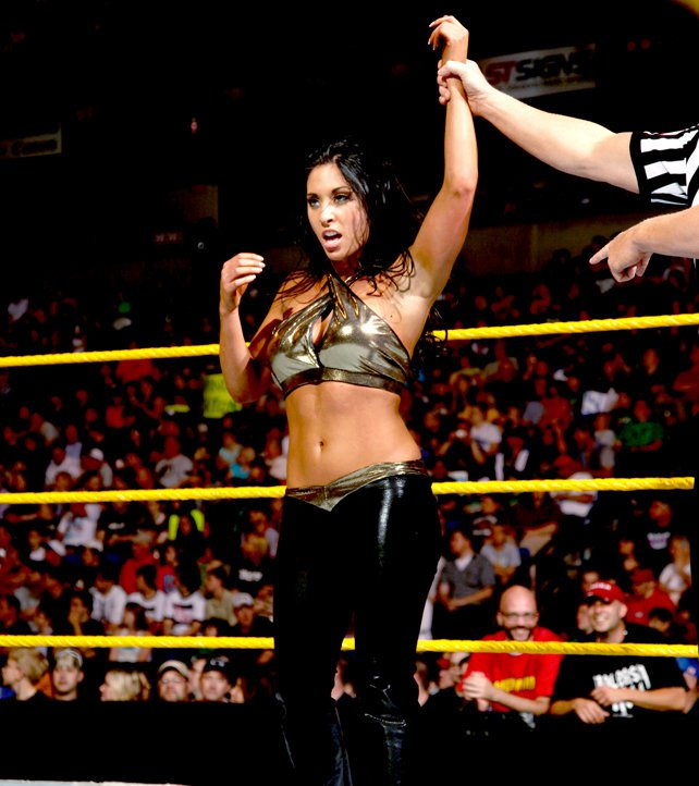 http://www.wwe.com/f/photo/image/2012/05/NXT_116_Photo_029.jpg