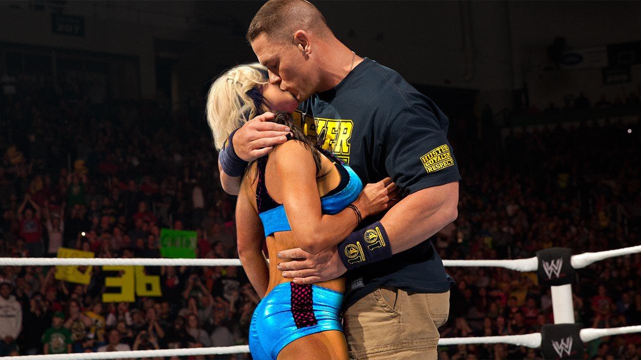 Wwe Kaitlyn And John Cena Kiss von Kaitlyn und John Cena