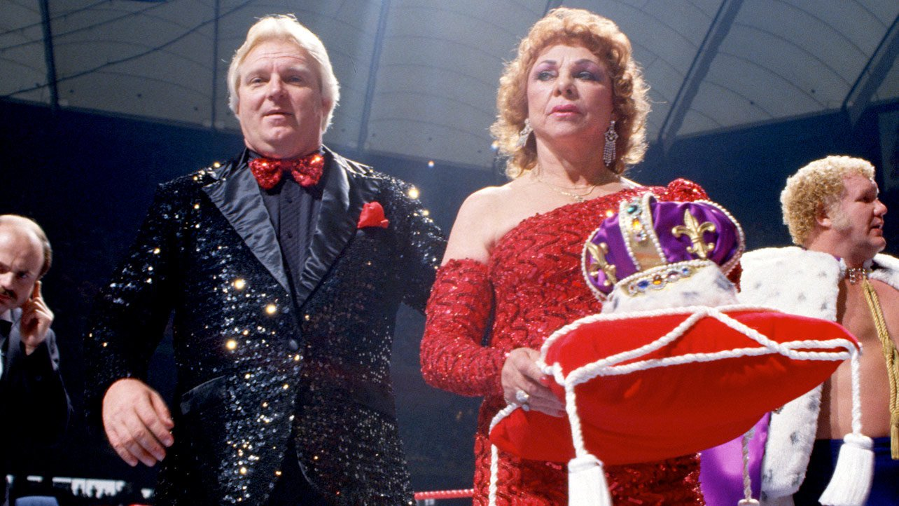 """Bobby """"The Brain"""" Heenan began WrestleMania III in a showy black outfit."""