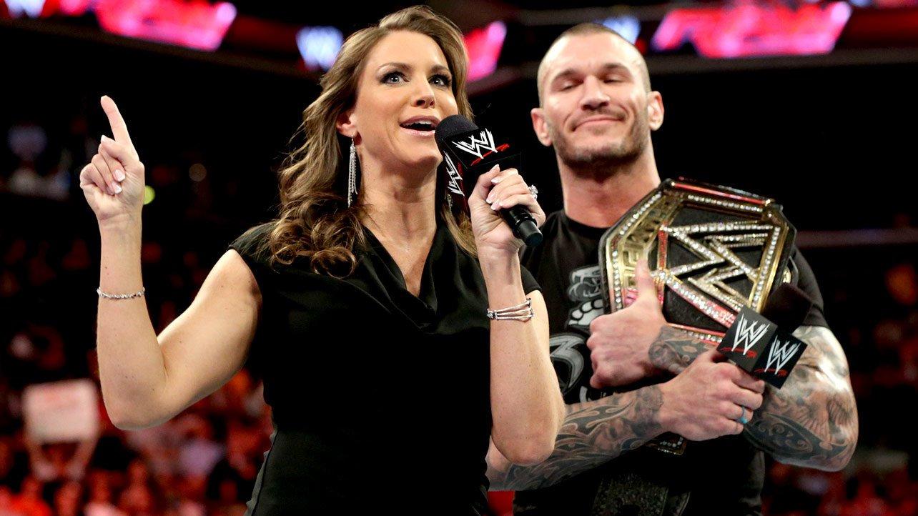 Randy Orton And Stephanie Mcmahon WWE - Wrestling - Ofic...