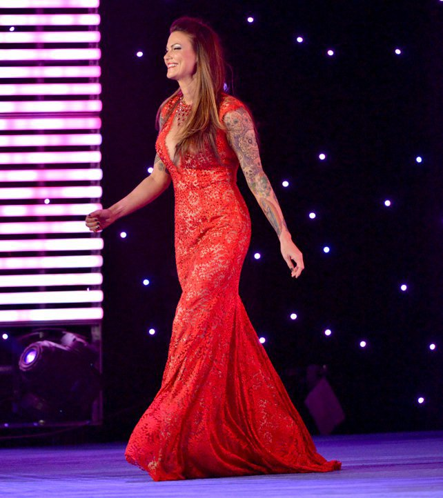 The Week in Divas (3/31-4/6) - TvNewsCaps