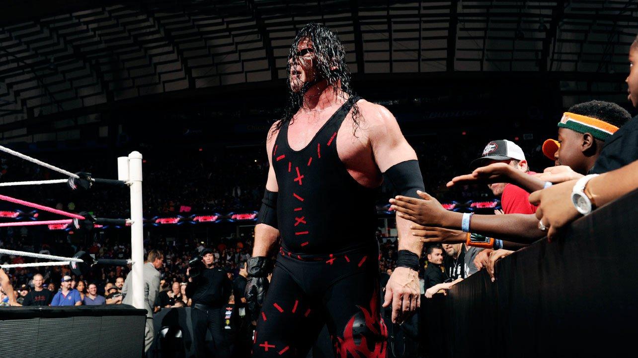 smackdown şovunda orton ile henry maç yaparken ringin dört köşesini bir anda ateşler sardı ve de ekranda kane