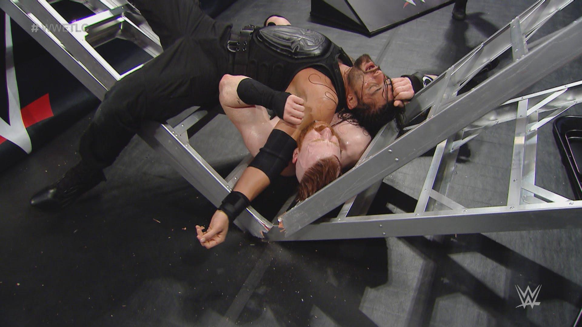Le meilleur de WWE TLC 2015 en vidéos: Offert par WWE Network