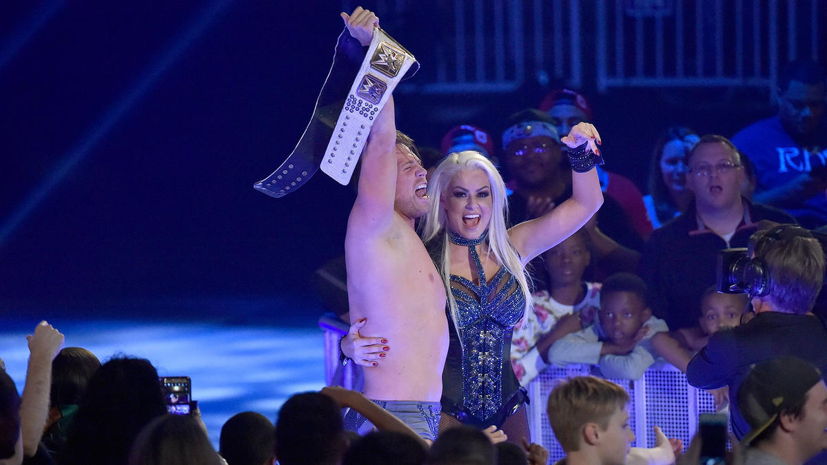 The Miz and Maryse celebrate with the Intercontinental Chamionship on SmackDown LIVE.