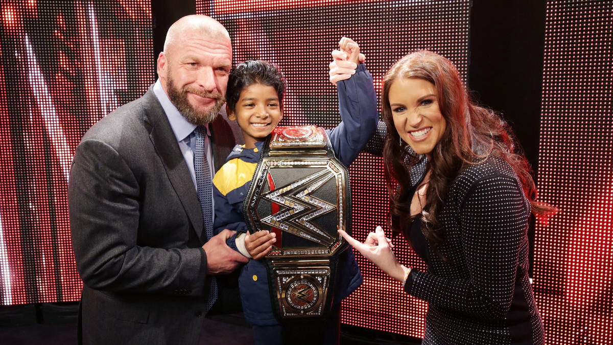Celebrities meet superstars backstage at raw in los angeles photos sunny is one of the many celebrity members of the wwe universe who enjoyed raws return m4hsunfo