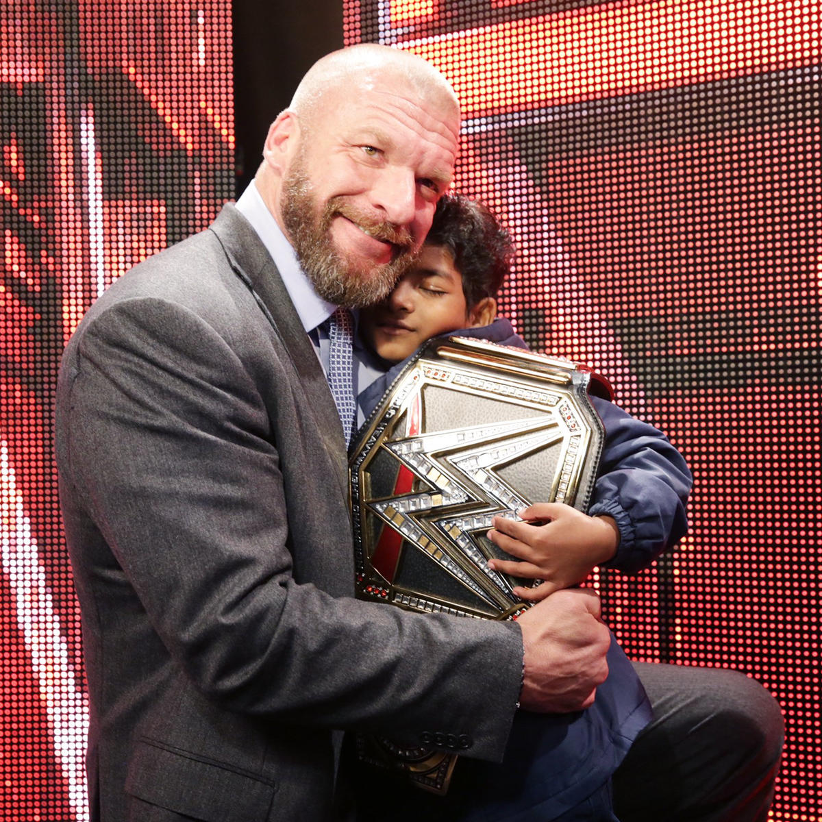 Celebrities meet superstars backstage at raw in los angeles photos wwe photo m4hsunfo
