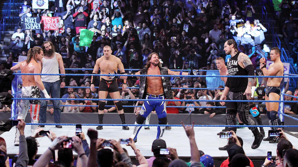Ten Superstars battle in the SmackDown LIVE main event.