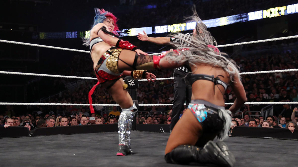Asuka defeated Moon, successfully retaining the NXT Women's Championship.