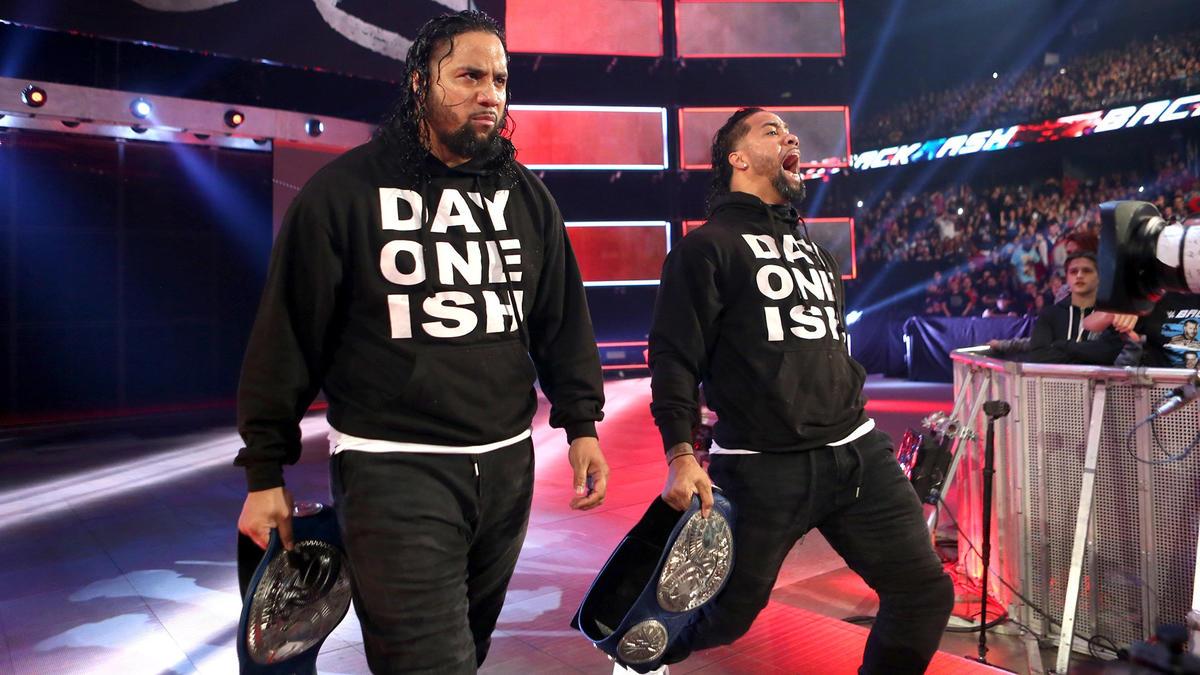 The Usos vs. Breezango - SmackDown Tag Team Championship Match ...