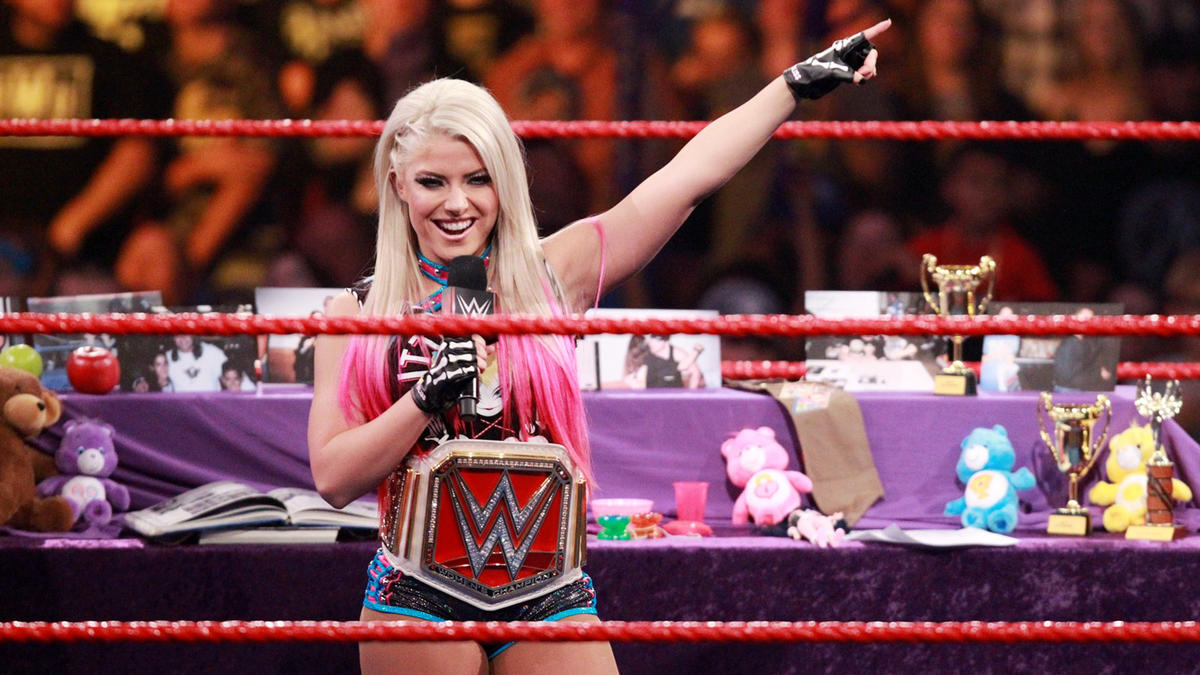 """Little Miss Bliss proceeds to mock the No. 1 contender in """"Bayley: This is Your Life!"""""""