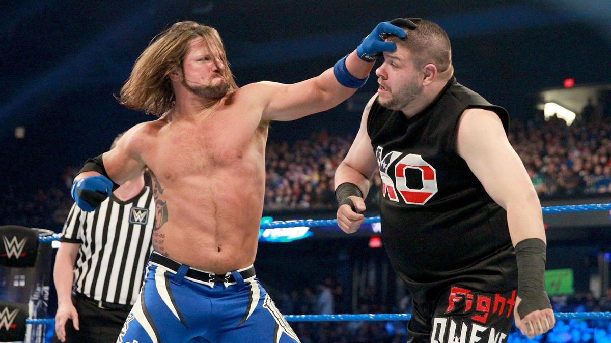 AJ Styles ou Kevin Owens pode estar lesionado