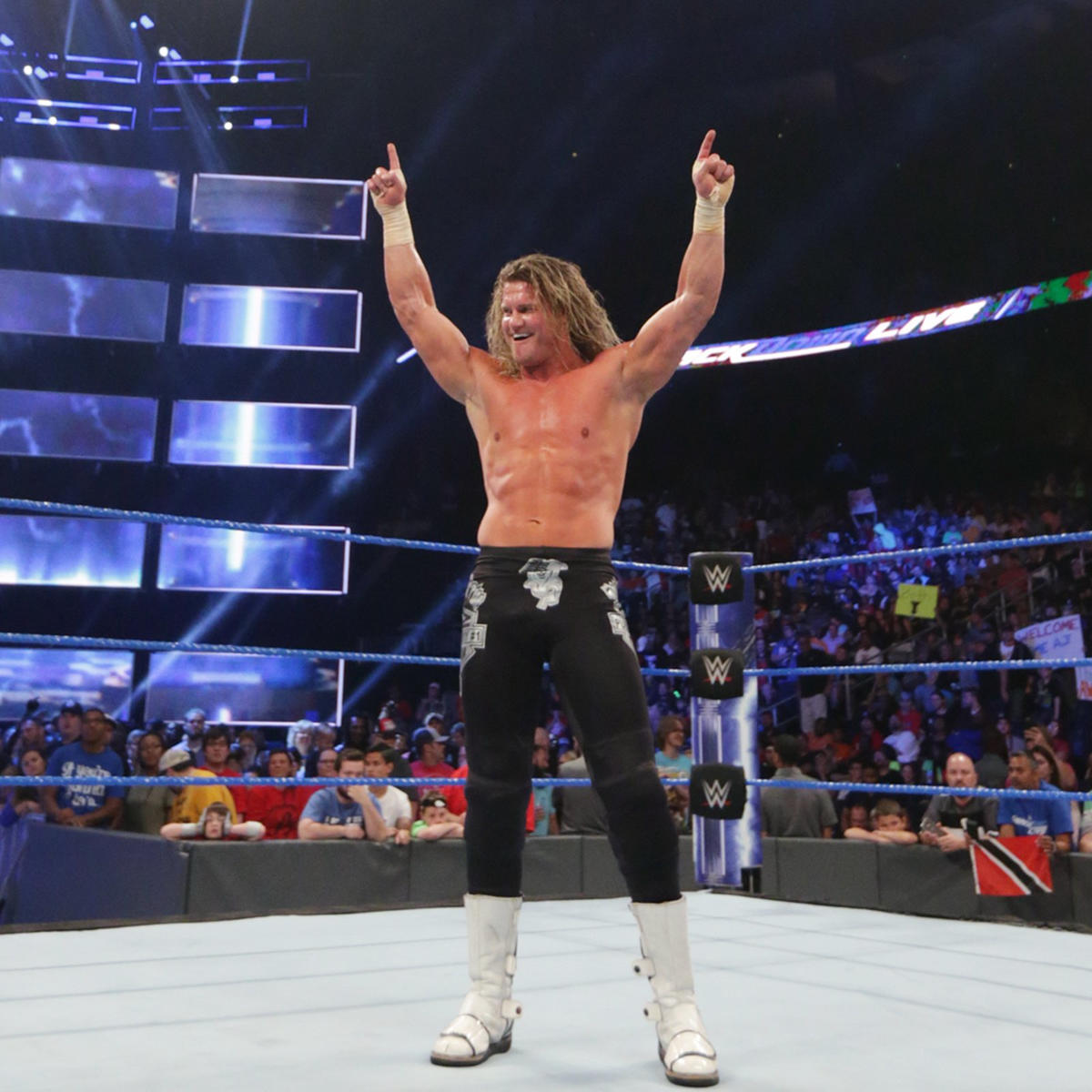 Ziggler celebrates his win as SmackDown LIVE concludes.