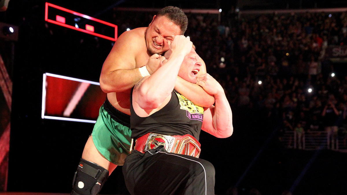 Samoa Joe locks The Beast Incarnate in the Coquina Clutch.