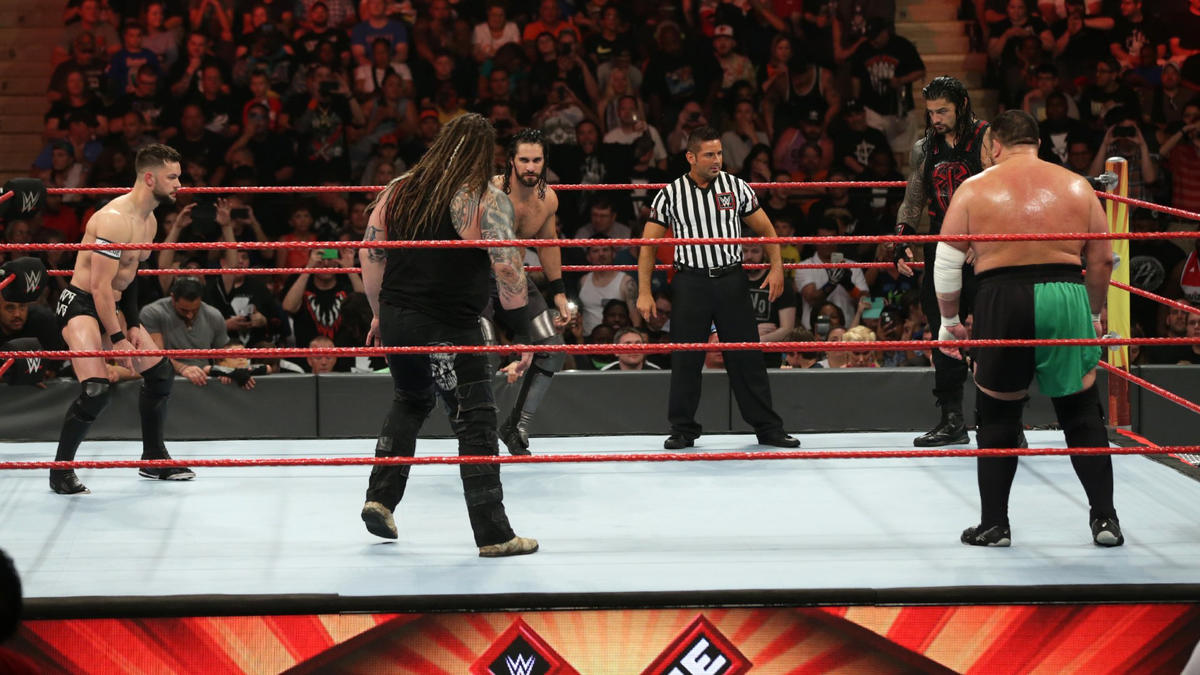 Finn Bálor, Roman Reigns, Samoa Joe, Bray Wyatt and Seth Rollins battle in a Fatal 5-Way Match to determine the No. 1 contender to the Universal Championship.