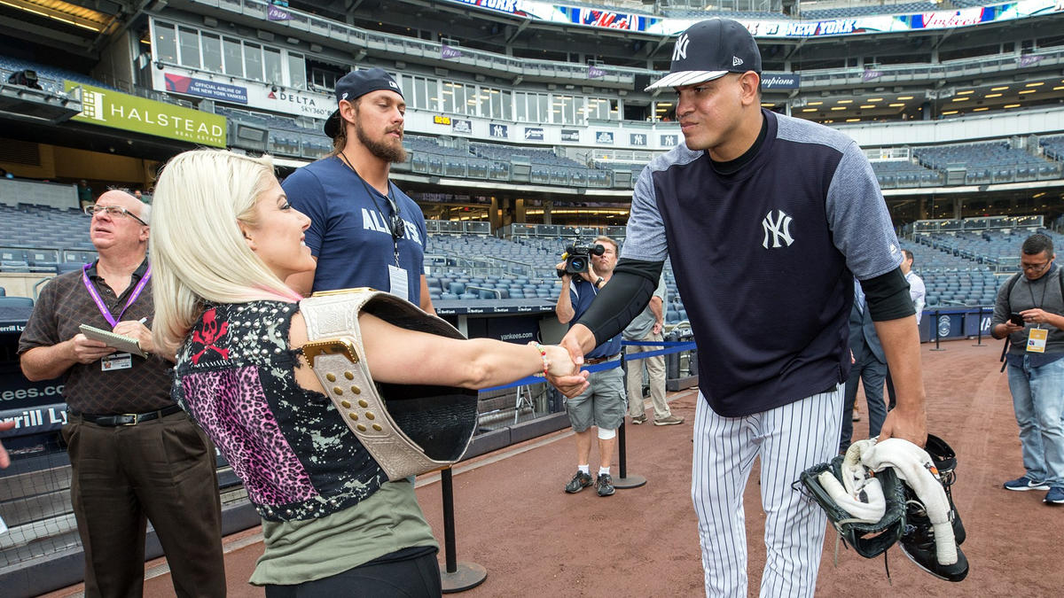 raw womenus champion alexa bliss and big cass meet new york yankees allstar pitcher