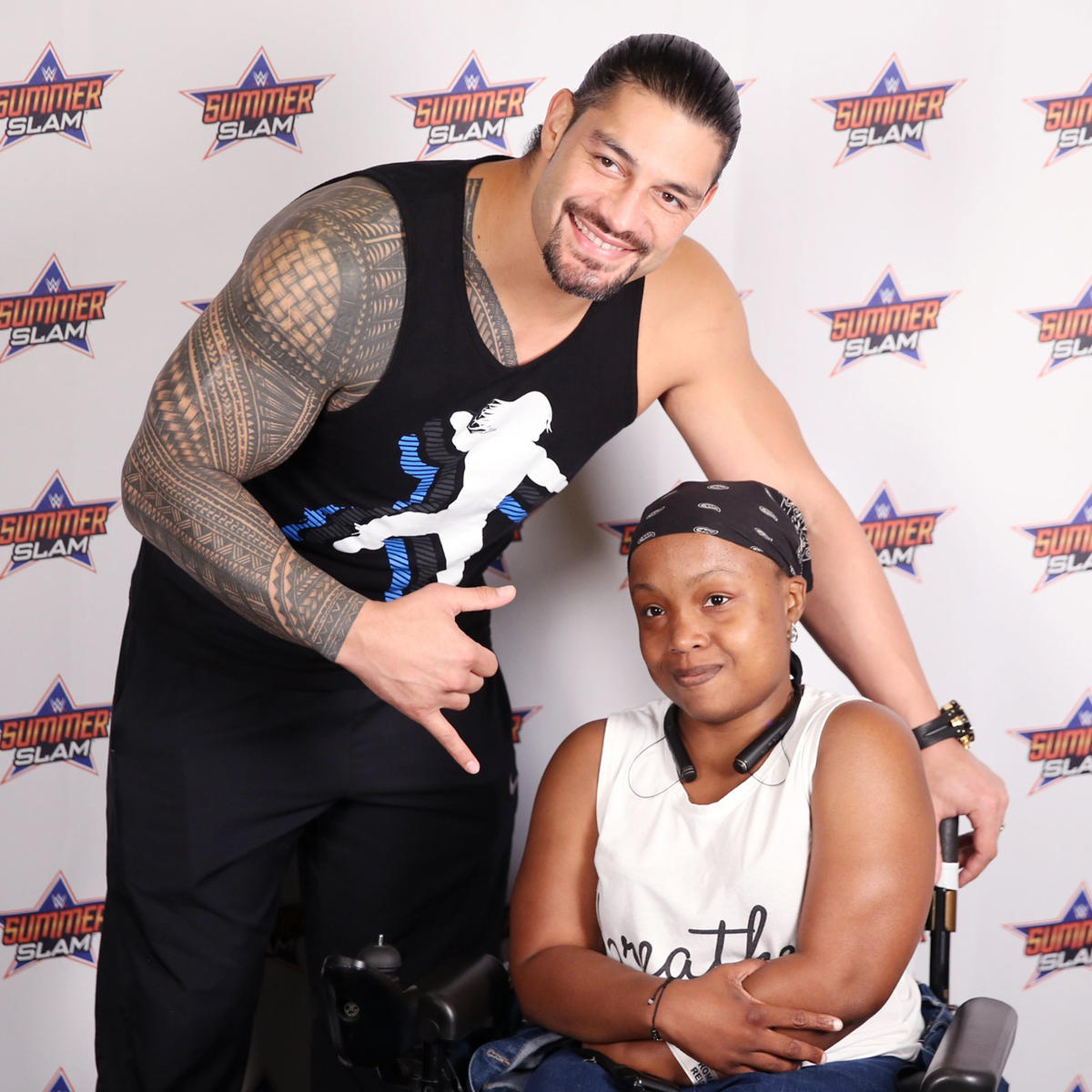 Roman reigns and the new day meet the wwe universe in a summerslam wwe photo kristyandbryce Image collections
