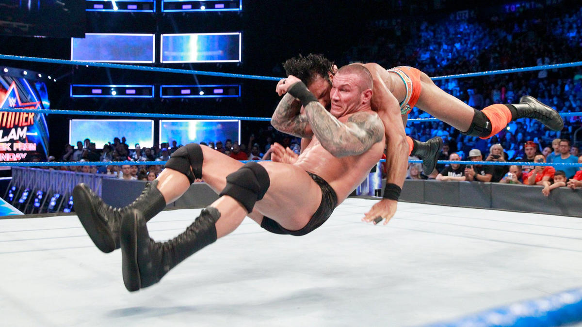 ... but The Apex Predator reverses the move into a head-ringing RKO outta nowhere!