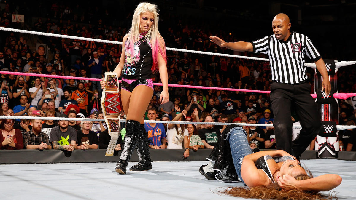 Bliss is still the Raw Women's Champion!