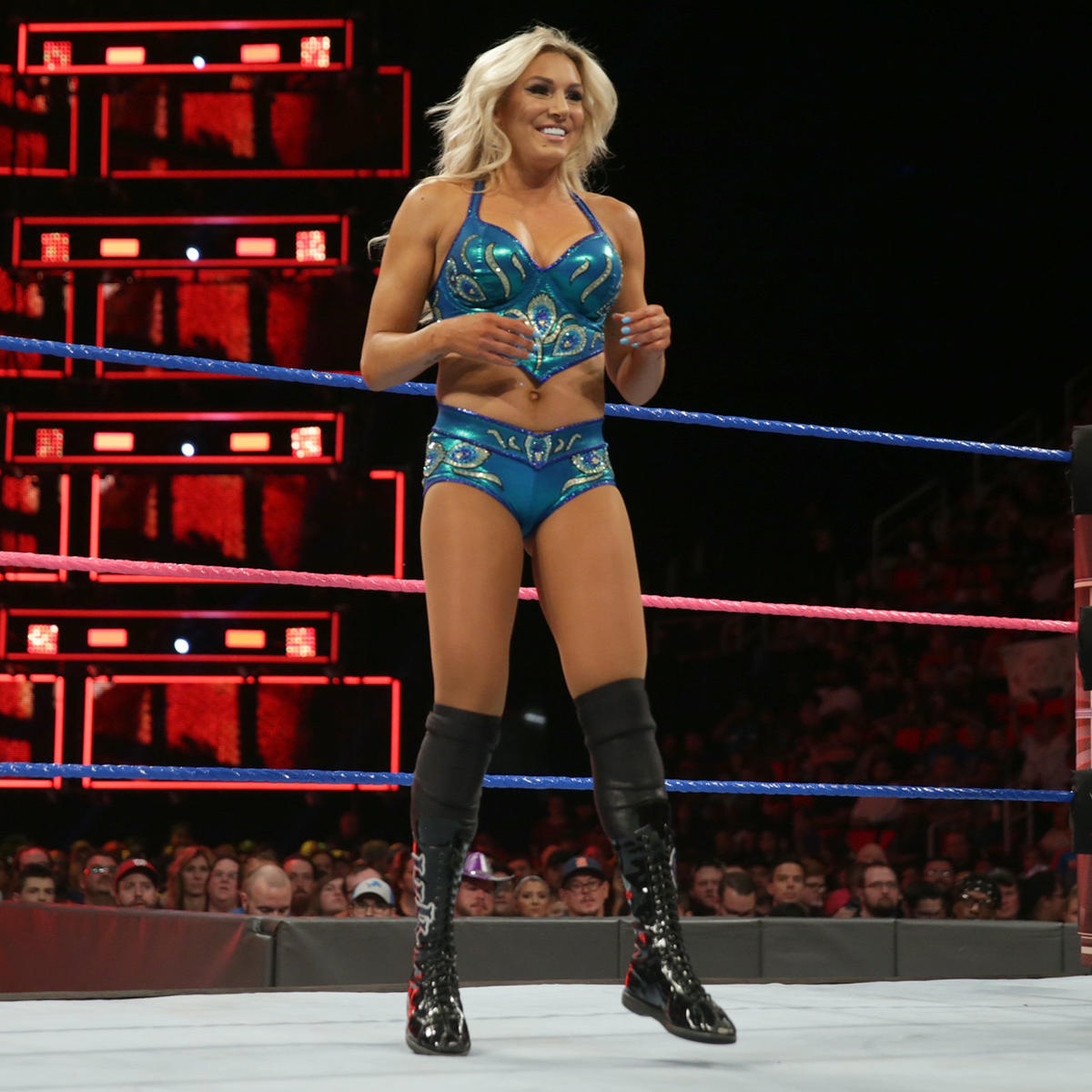 Fotos Charlotte Flair (WWE) nude (99 foto and video), Ass, Cleavage, Feet, legs 2015