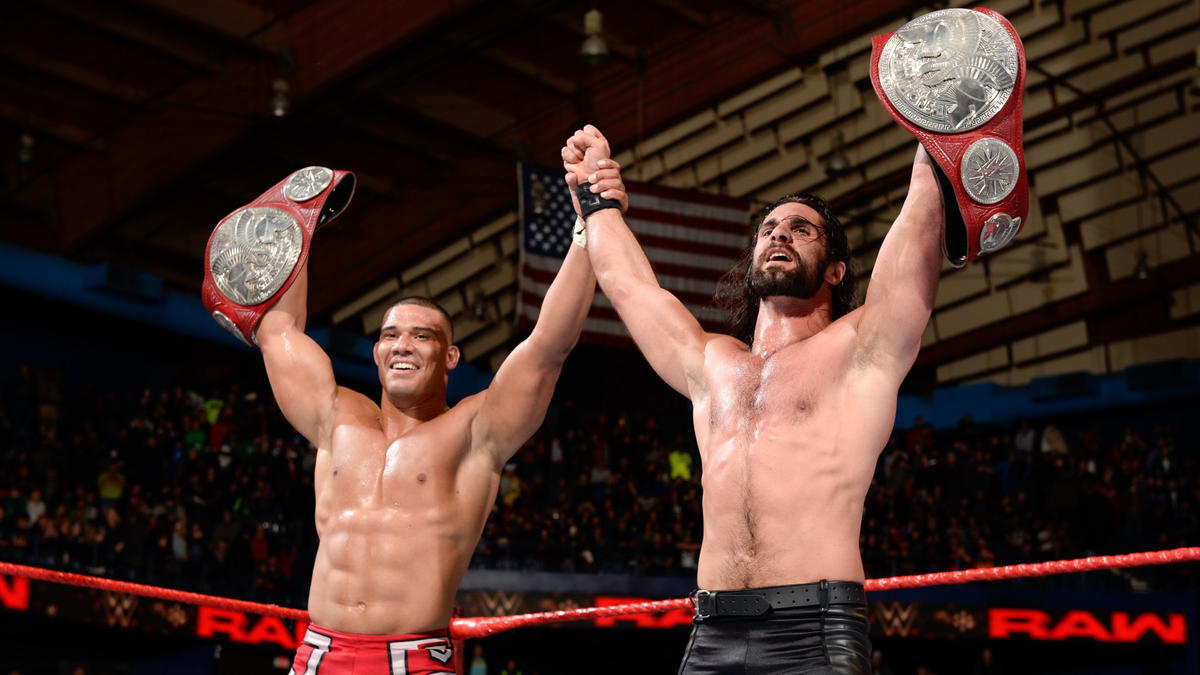 The Kingslayer and the gold-blooded Superstar stand tall as Raw concludes.