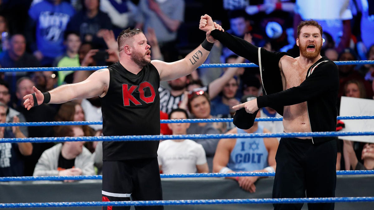 KO and Zayn stand tall as SmackDown LIVE concludes!