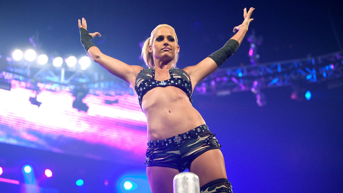Michelle McCool: 2020 Career And Personal Life Details Of First WWE Divas Champion 92
