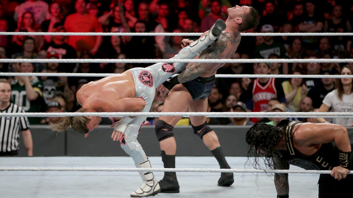 Dolph Ziggler returns to action in the Royal Rumble Match and immediately turns the tide.