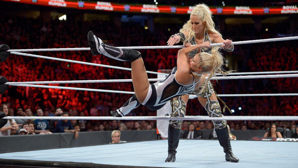 Former Divas and Women's Champion Michelle McCool returns and eliminates five Superstars, including Lana.