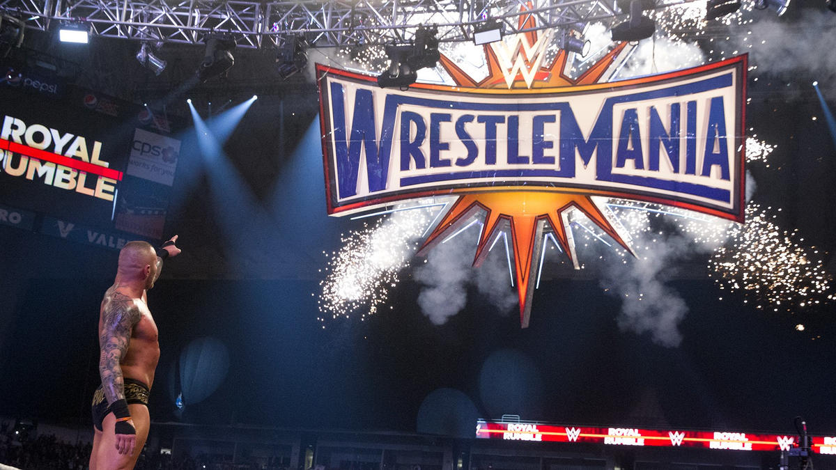 Superstars pointing at the WrestleMania sign: photos   WWE