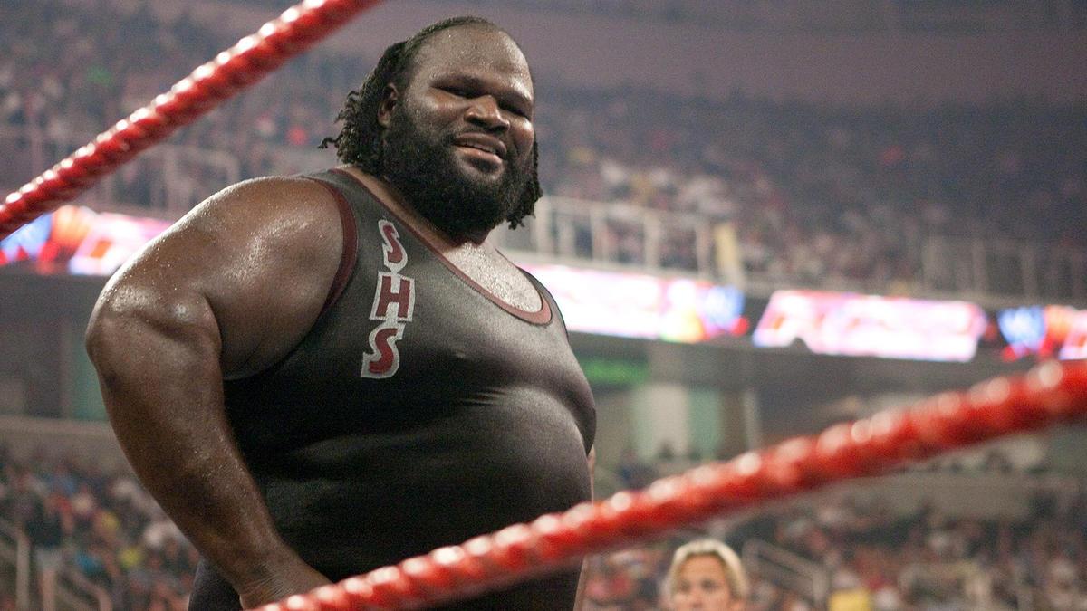 "WWE pode ter planos de incluir Mark Henry na ""stable"" de MVP"
