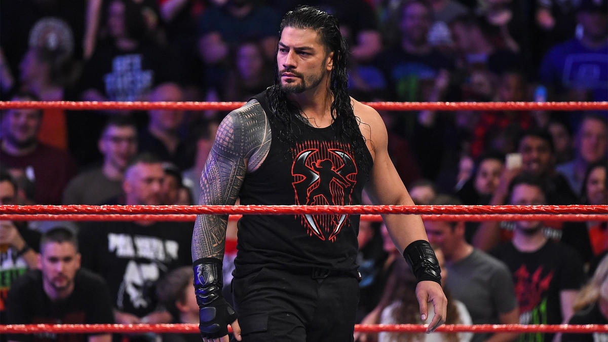 Roman Reigns unleashes an all-out assault on Jinder Mahal: photos ...