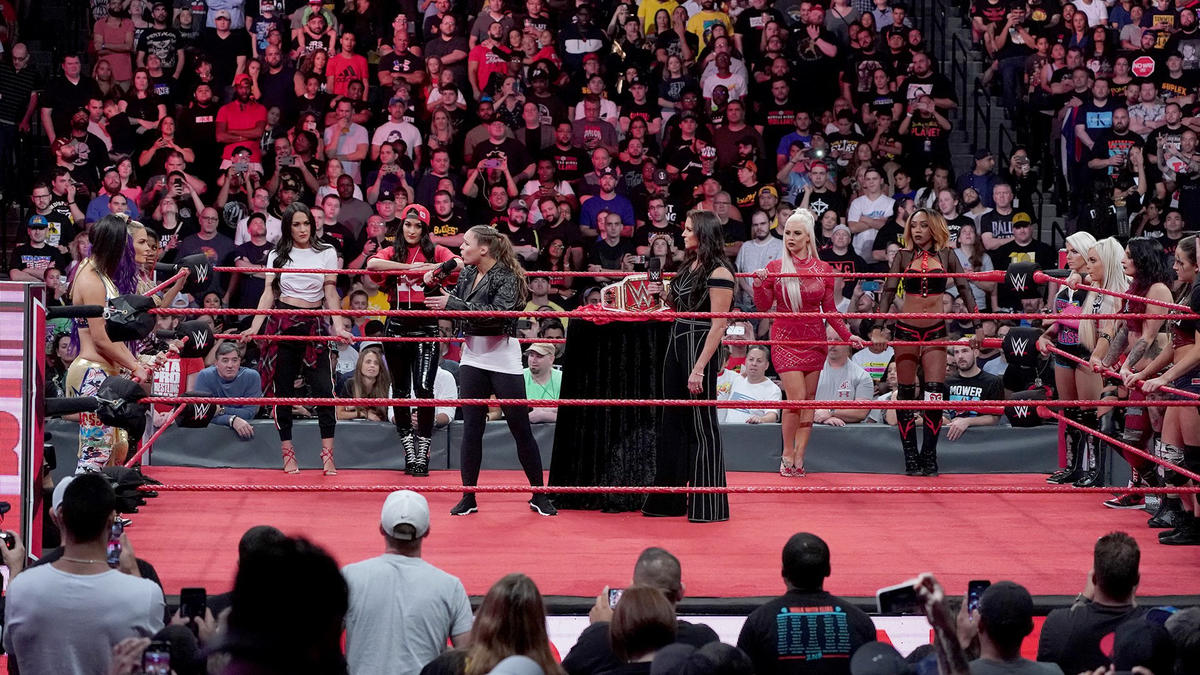 … before welcoming them all into the ring.