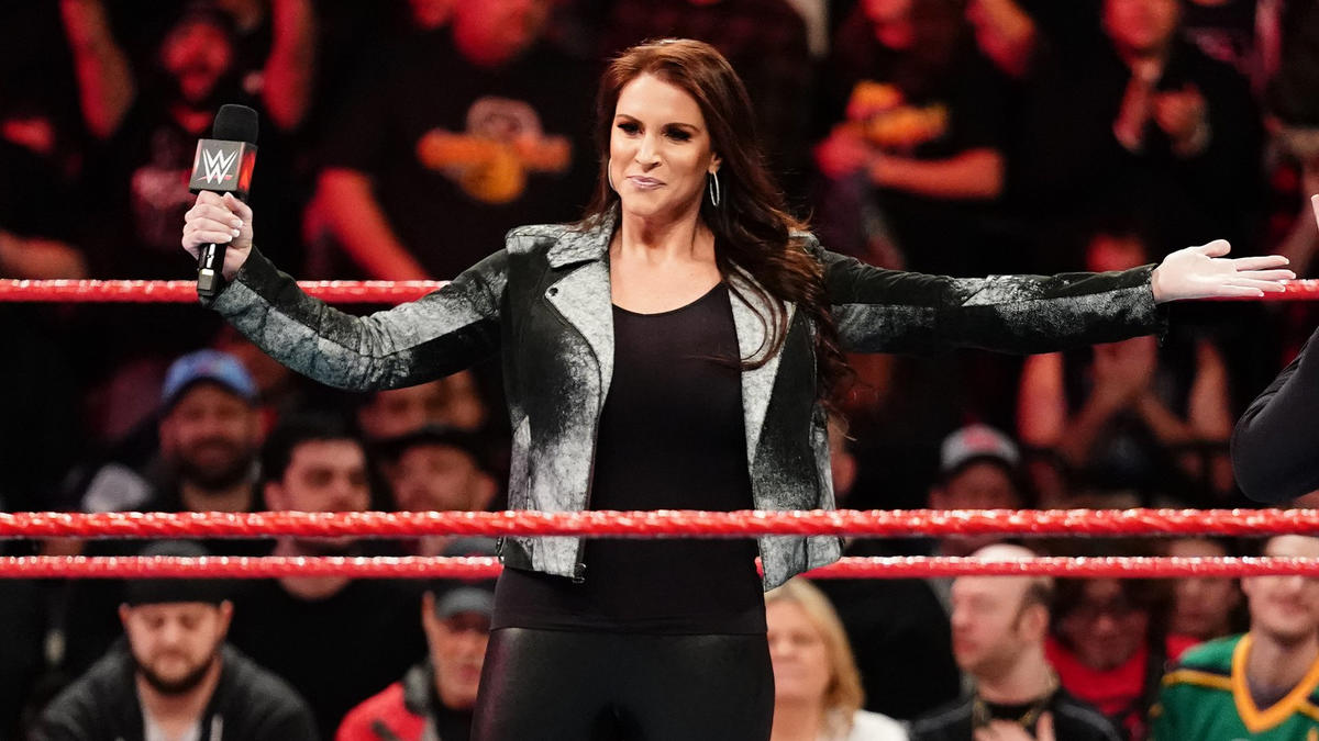 Revealed: When Stephanie McMahon's Contract As A WWE Talent Ends? 1
