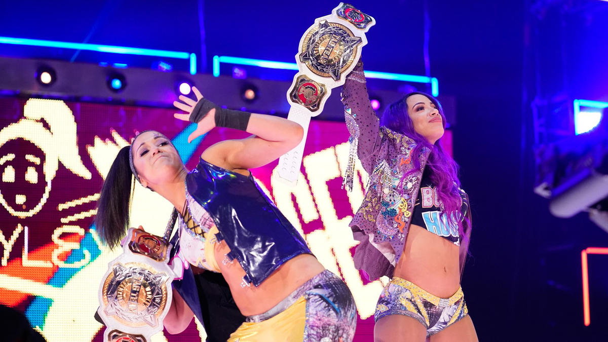 Twenty-four hours after going the distance in the Elimination Chamber, Sasha Banks & Bayley hit the scene!