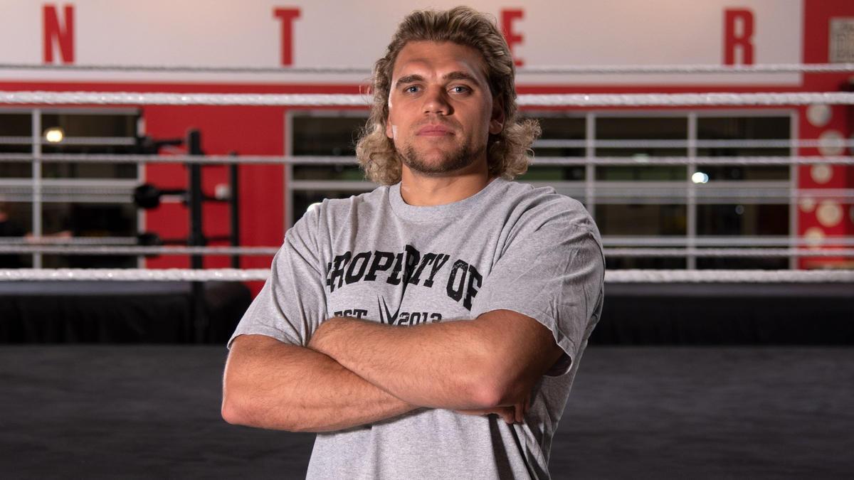 Cal Bloom is the son of former WWE Superstar Wayne Bloom, aka Beau Beverly.