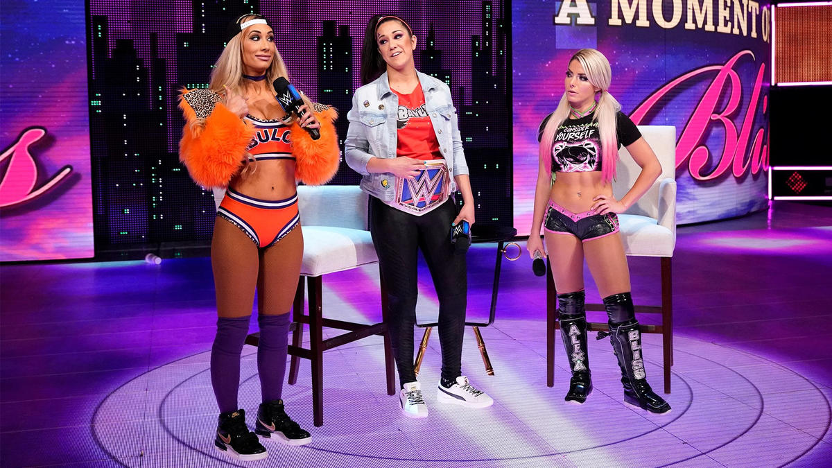 Carmella doesn't think Alexa can come to SmackDown and challenge her brand's champion.