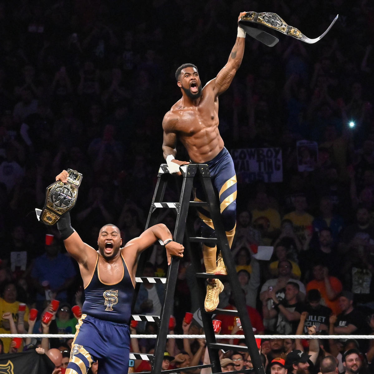 ... y Street Profits son los nuevos Campeones de Tag Team NXT!