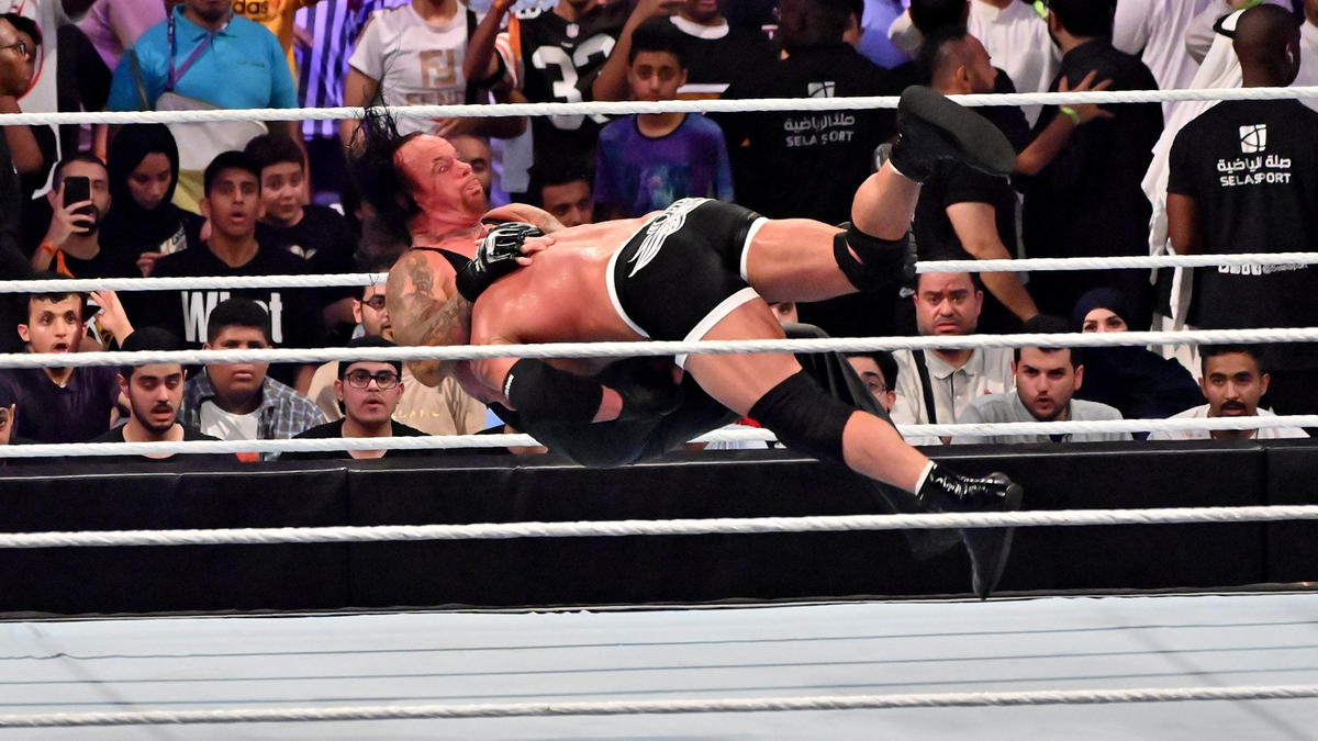 Flashback: The Undertaker Failed To Deliver A Mega Match In WWE, 2 Years Ago 32