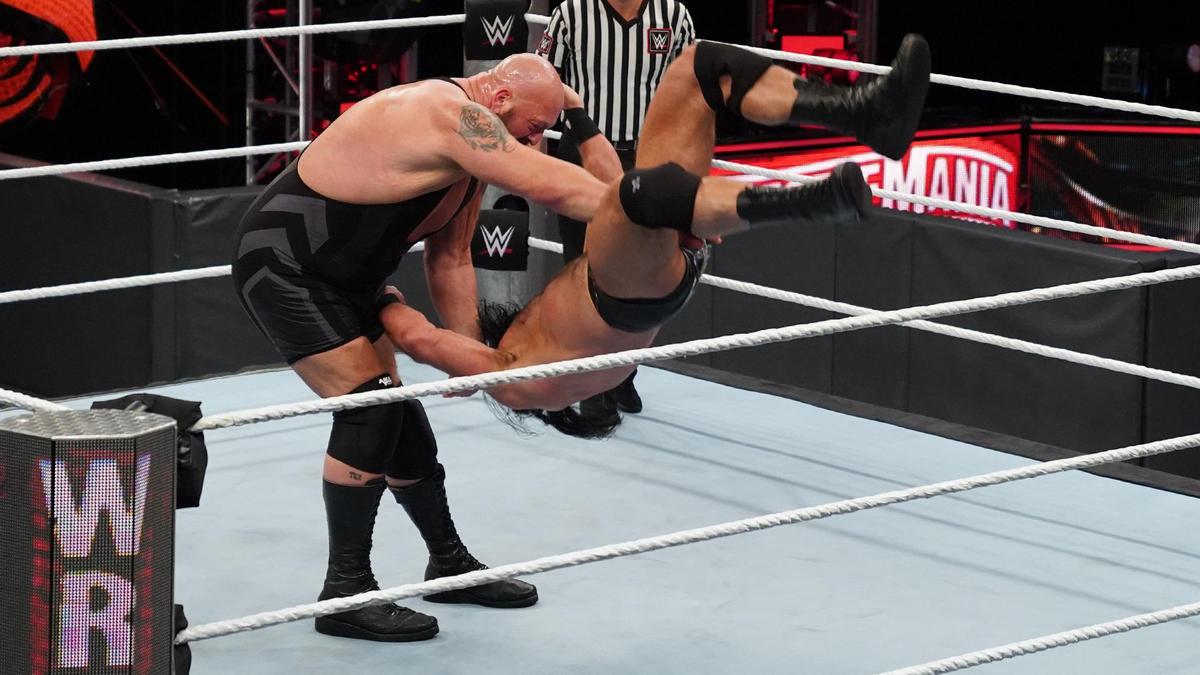 Drew McIntyre Defends WWE Title On WWE Raw Against Returning Big Show 3
