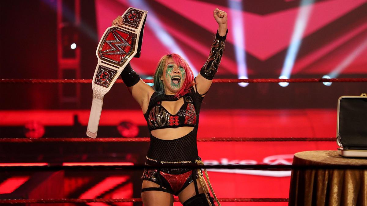 Asuka conquista tudo o que é possível na WWE