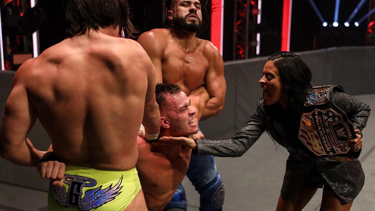 """Austin Theory se junta a Seth Rollins e não faz mais parte da """"stable"""" de Zelina Vega"""
