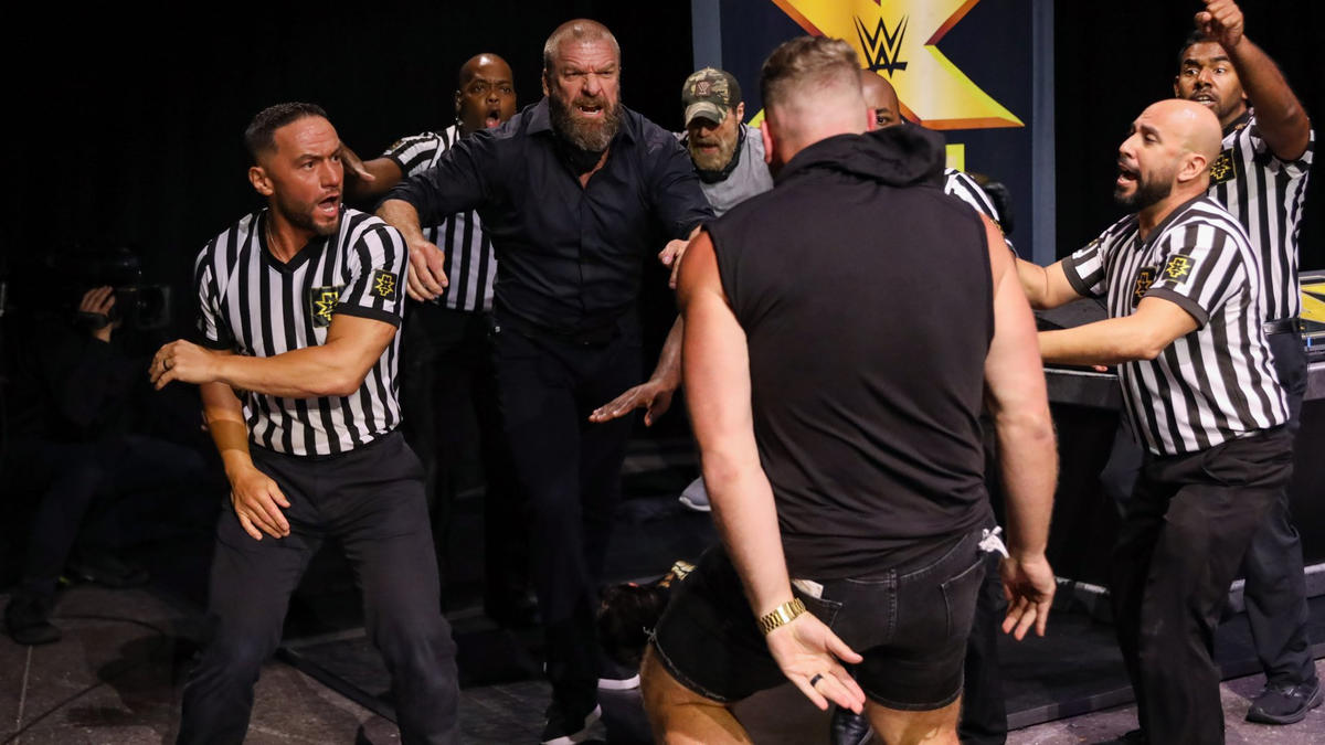 Triple H desafia Pat McAfee a lutar contra Adam Cole no NXT TakeOver XXX