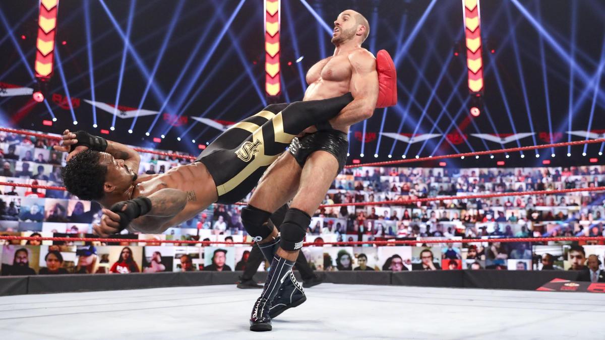 WWE Photo