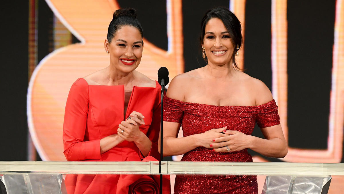 WWE Hall Of Fame 2021: Women Superstars Sizzle On The Red Carpet 2