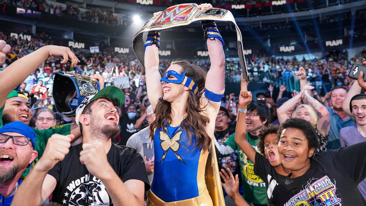 Nikki Cross A.S.H. Cashes In 2021 MITB Contract To Become WWE Raw Women's Champion 2