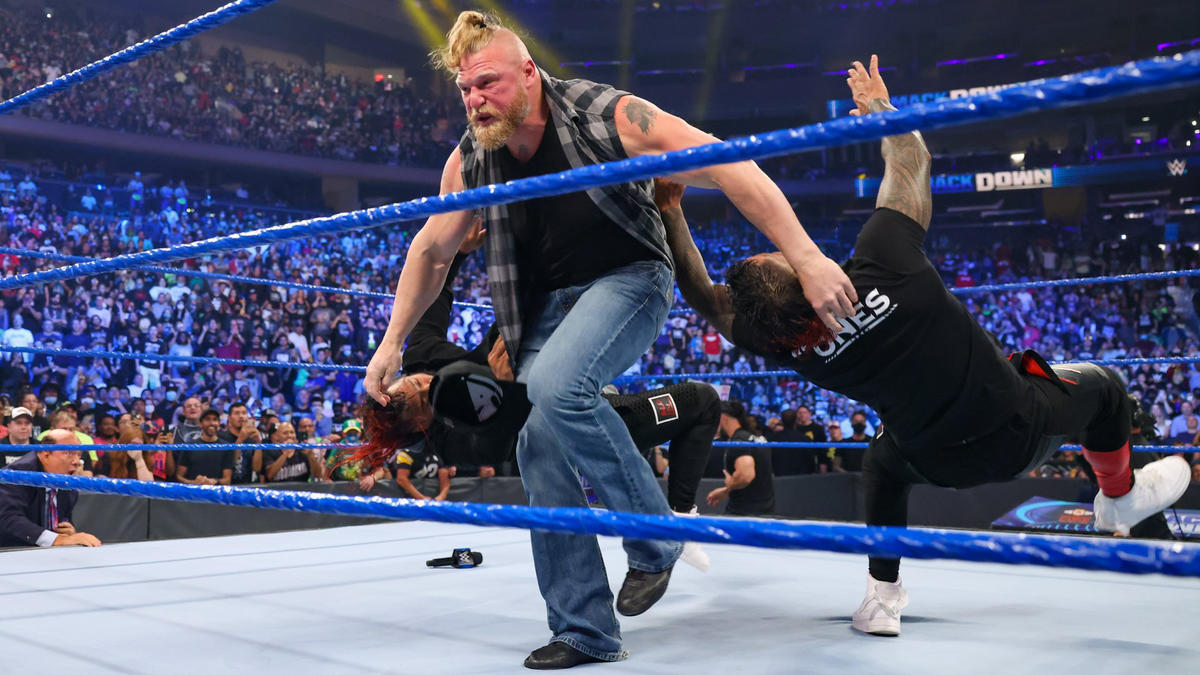 Brock Lesnar Returns On WWE Smackdown; Goes Physical With Roman Reigns 38