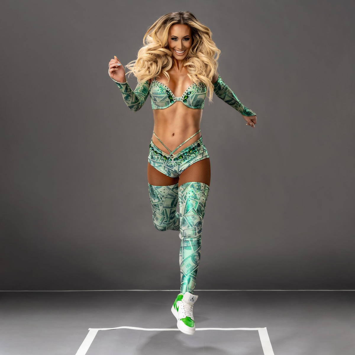 """WWE Releases """"Never Before Seen"""" Photos Of Carmella 6"""