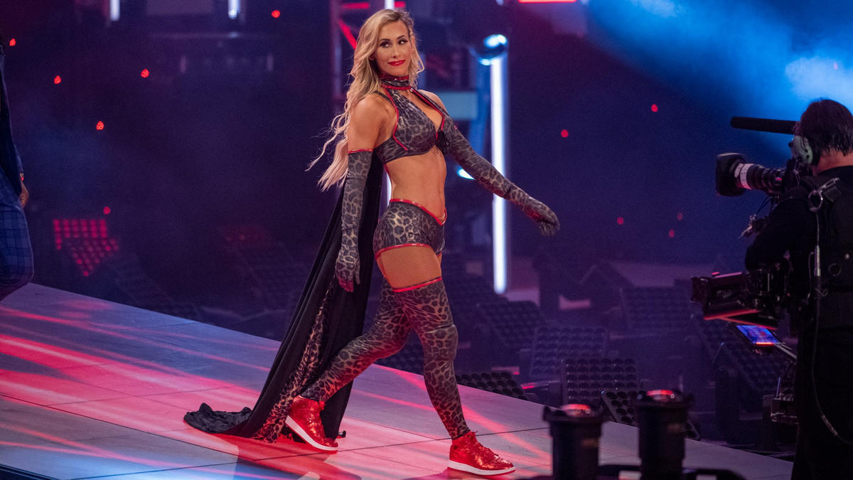 """WWE Releases """"Never Before Seen"""" Photos Of Carmella 5"""